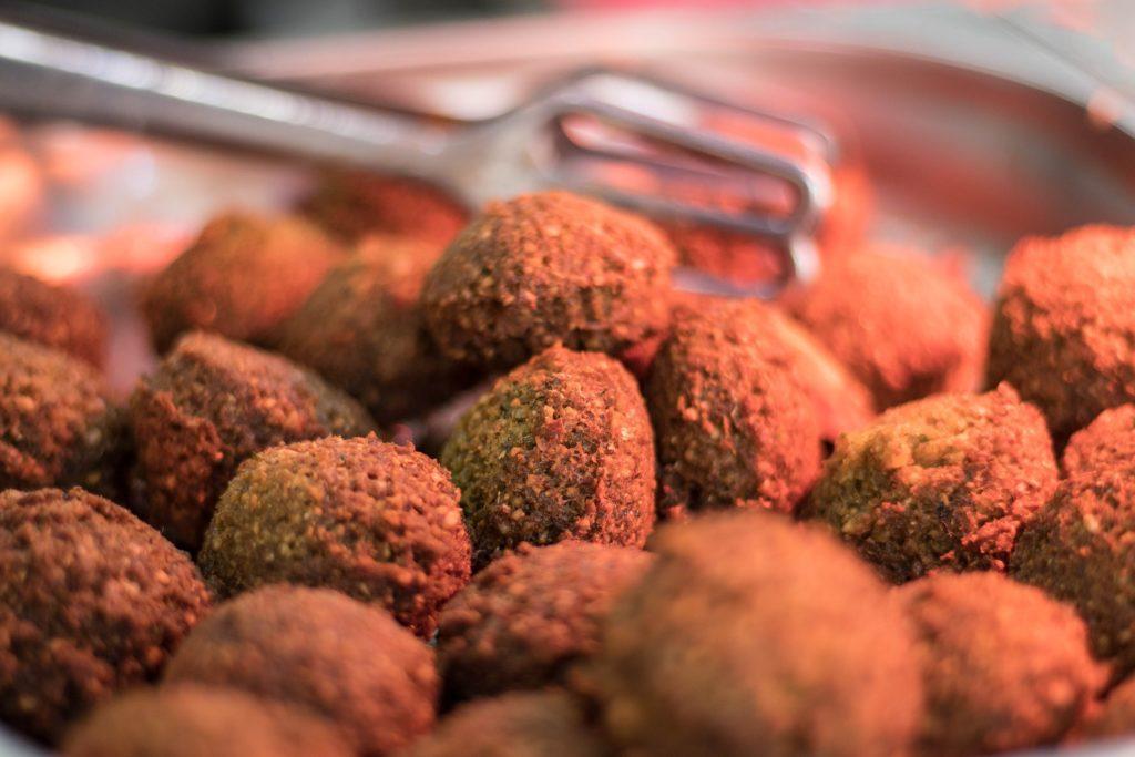 Falafel – tradiční pokrm Blízkého východu.