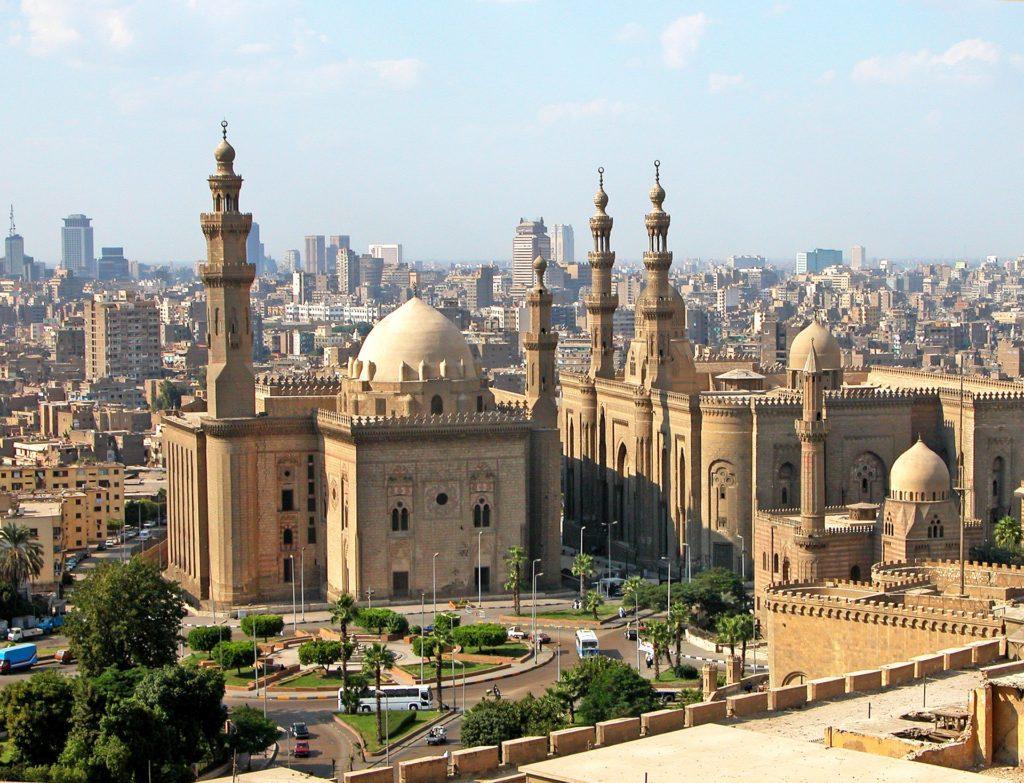 Káhira – největší město Afriky i duchovní centrum celého arabského světa.