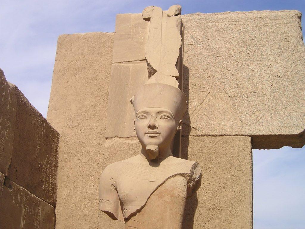 Luxor se nachází v místě starověkých Théb.